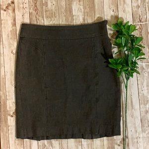 Dresses & Skirts - Stretch herringbone Banana republic skirt